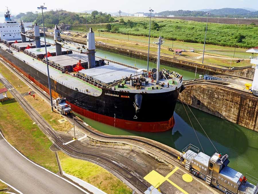 Canal de Panamá: tránsito cae 21% en mayo producto del COVID-19
